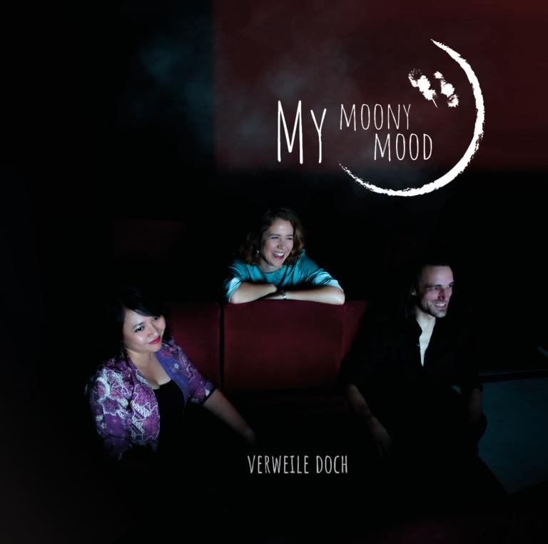 My-Moony-Mood-CD-Booklet